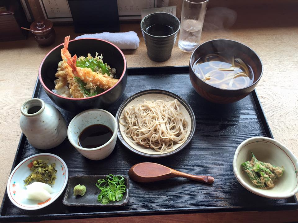 Soba and tempura lunch set from Sobanomi Yoshimura in Kyoto, Japan