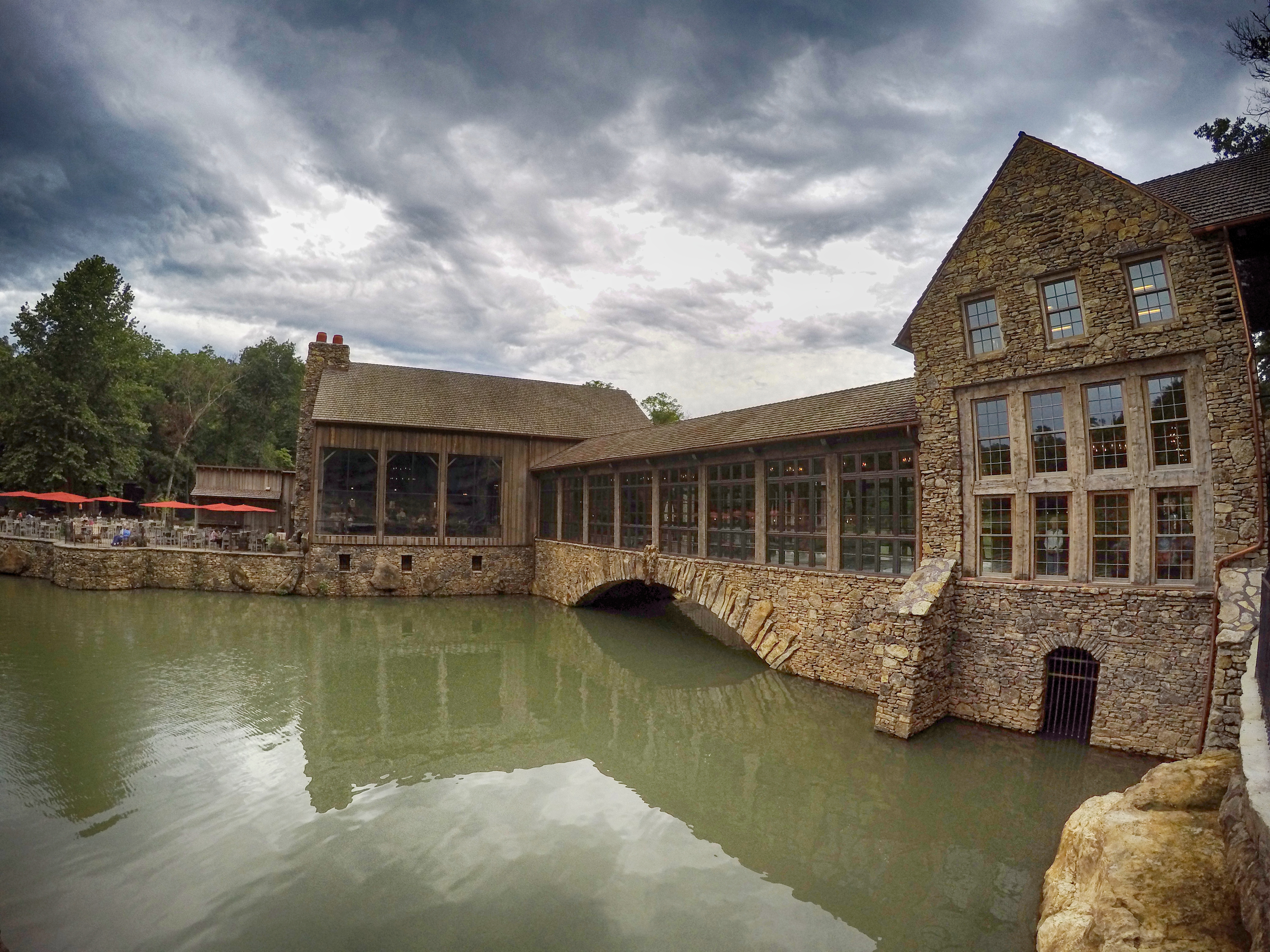 View of Dogwood Canyon main building