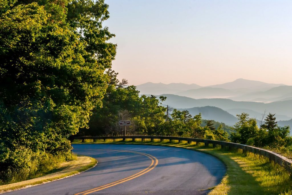 Road in Great Smoky Mountains National Park - Fun things to do in Gatlinburg and Pigeon Forge