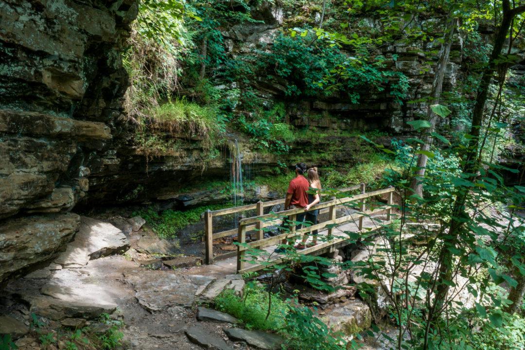 Devil's Den State Park - hiking trails in Devil's Den
