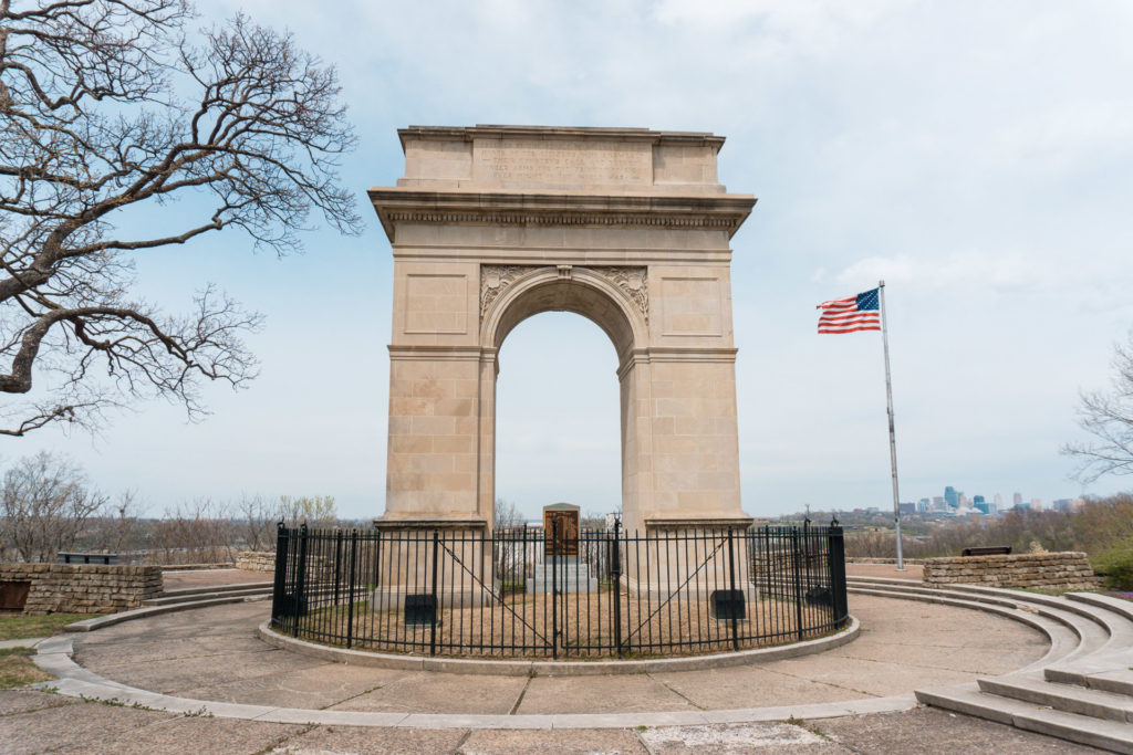 Rosedale Memorial Arch in Kansas City, Kansas