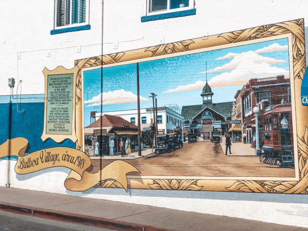Mural of Balboa Island attractions