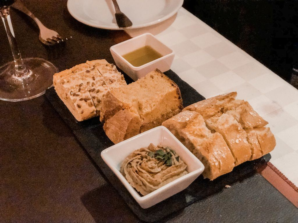 A plate of bread - Lisbon itinerary