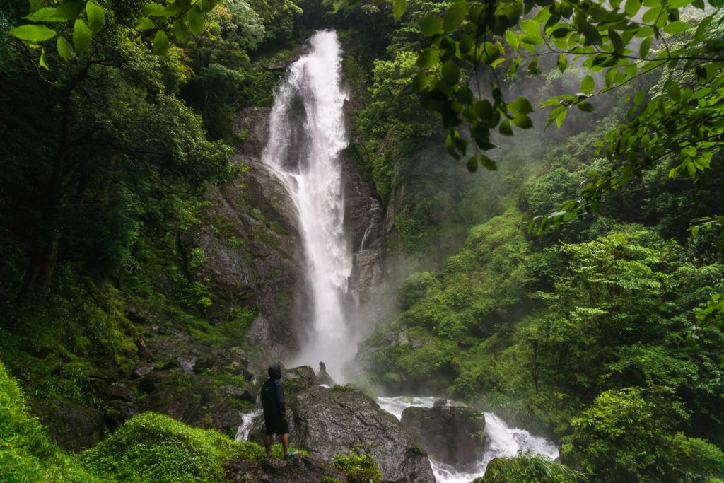 Sendon Todoro (栴壇轟の滝)  Waterfall in Gokanosho, Japan